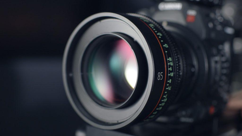 Droit à l'image et respect de la vie privée : le cabinet est spécialisé dans les questions de droit à l'image et d'atteinte à la vie privée.